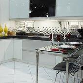 Hispada - Projetos - Cozinhas - Cozinha planejada sob medida - [Projeto 2]