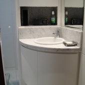 Hispada - Projetos - Banheiros - Banheiro com marcenaria sob medida - [Projeto 7]